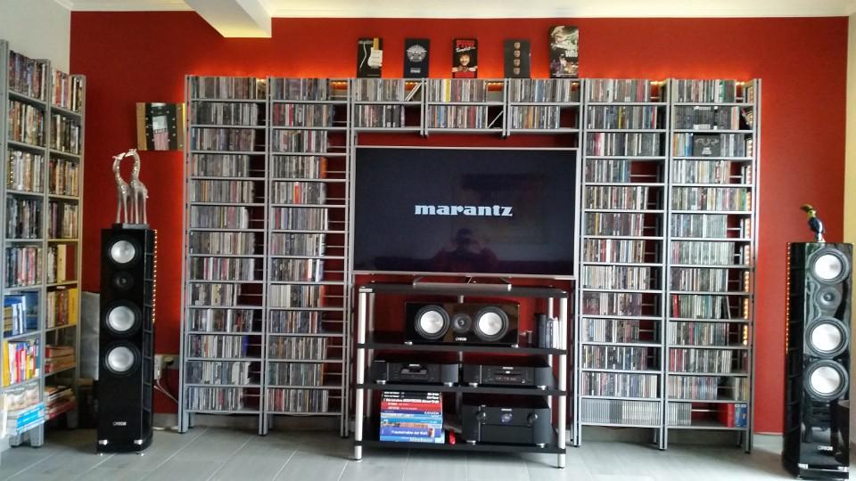 CD DVD Regalsystem im Heimkino