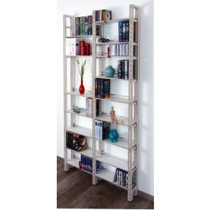 Weißes Bücherregal, auch nutzbar für CDs und DVDs