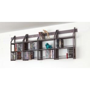 Regale aus Holz in grau