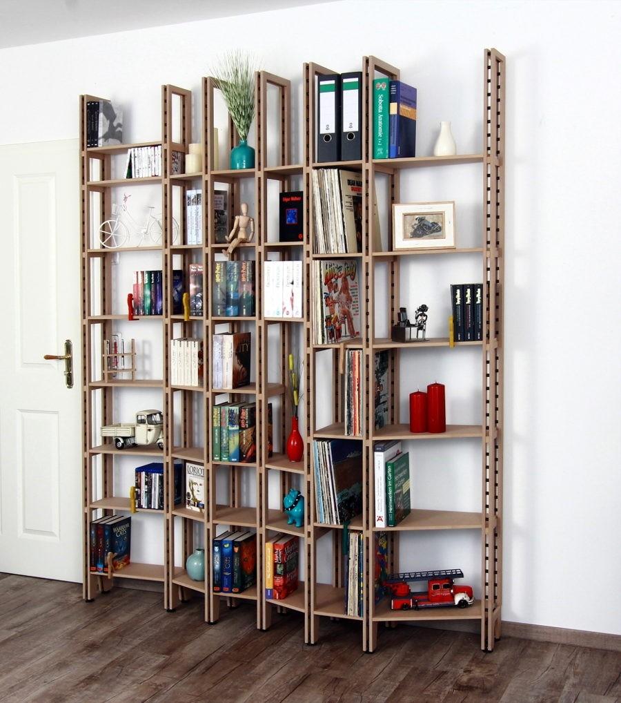 Bücherregal wand  Große Bücherregalwand aus dem Holzwerkstoff MDF