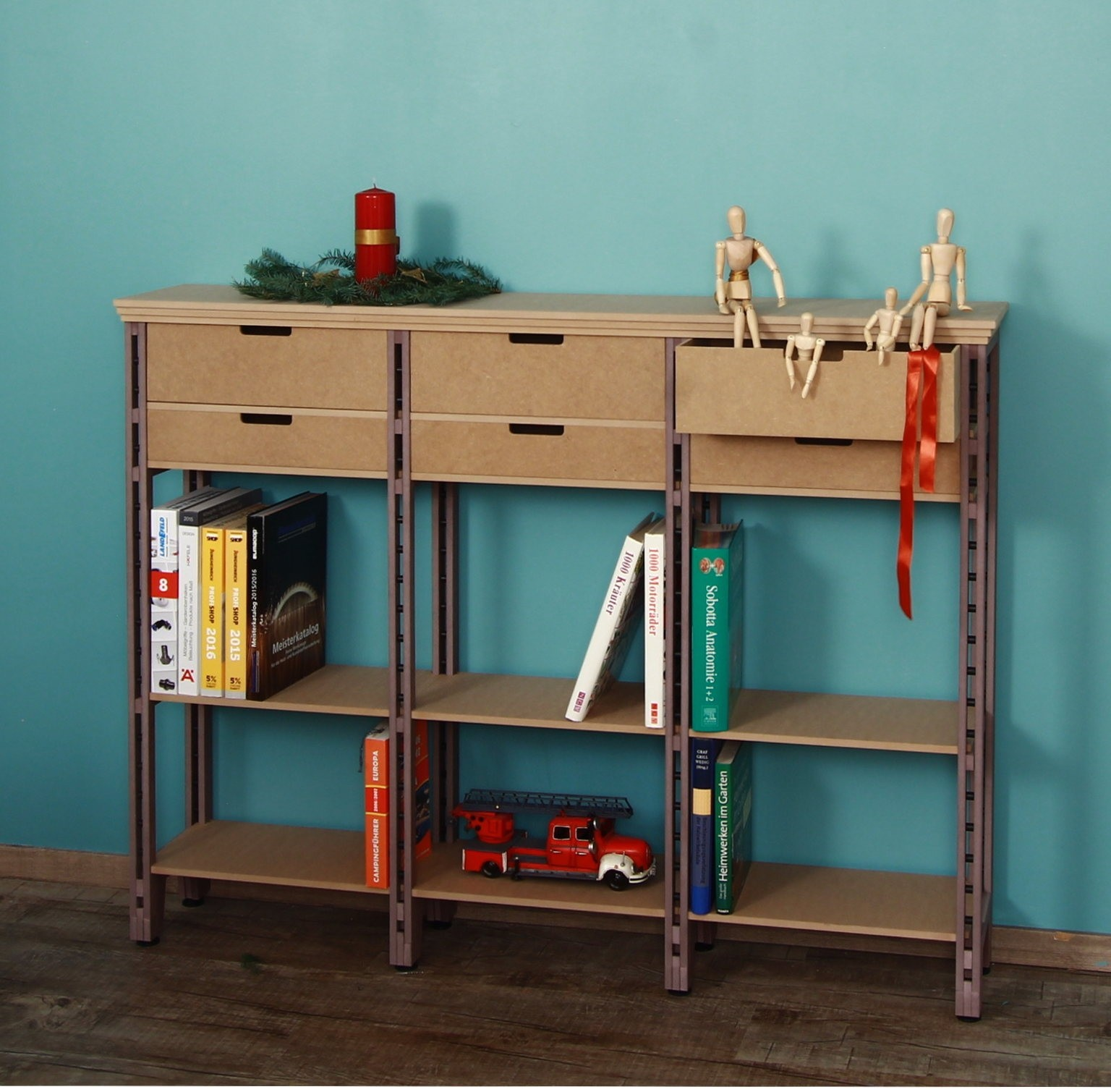 Highboard als Bücherregal