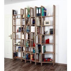 Bücherregalwand aus Holz