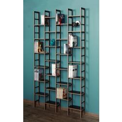 Die geringe Tiefe der Bücherregalserie IDEE ist ideal zum Aufbewahren von Bücher auf kleinstem Raum