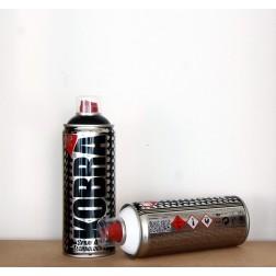 Kobra Spraypaint weiß und schwarz